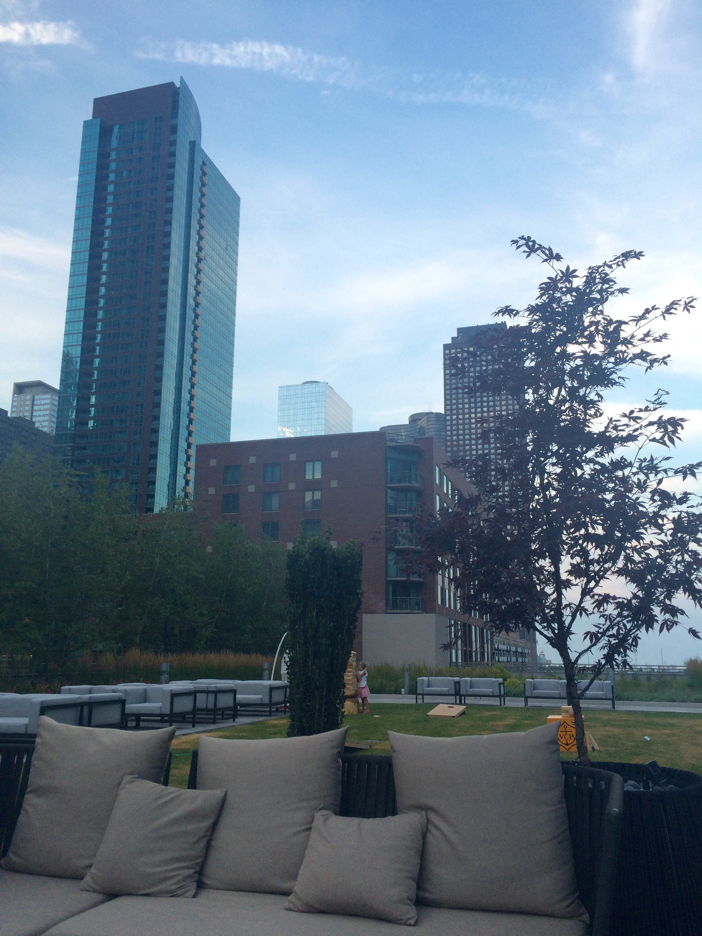 Streeterville Social - At Lowes Hotel